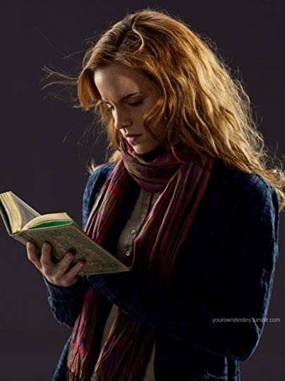 photo CelebritiesReadingEmmaReading_zpscef88348.jpg