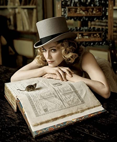 photo celebritiesreadingMadonna_zps88446a2a.jpg
