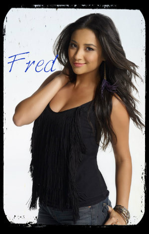 pretty-little-liars-star-shay-mitchell-guilty-pleasure-pizza-my-life-my-style_zpsde9f65cd photo pretty-little-liars-star-shay-mitchell-guilty-pleasure-pizza-my-life-my-style_zpsde9f65cd-1_zps08714e69.jpg