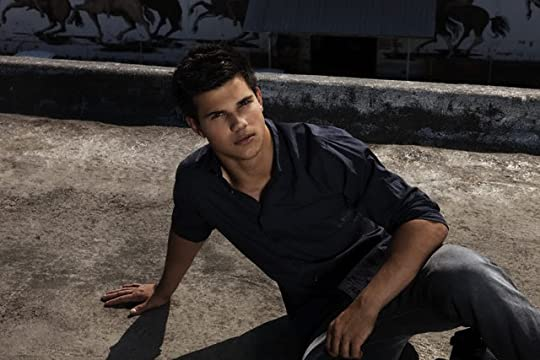 photo TaylorLautner83_zps74411d2c.jpg