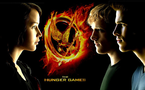 the-hunger-games-wallpaper-katniss-peeta-gale-1[1]