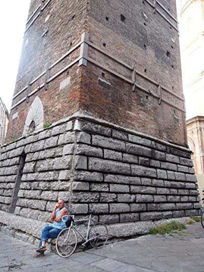 Base of leaning tower