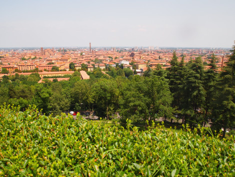 Bologna from foothills of the Appenines