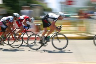 Inside the Tour De France- The Rules, the Route,the Stages and the Great Cyclists. Armond Strong