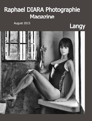 Langy  by  Raphael Diara Photographie by Raphael Diara