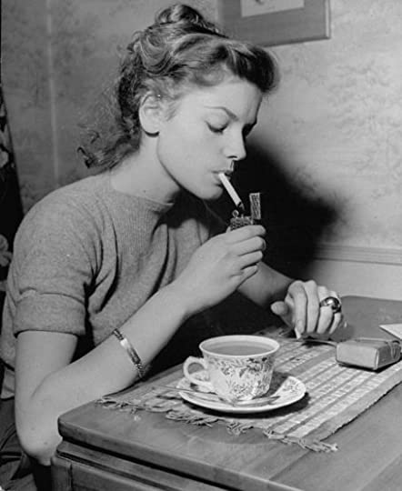 Lauren Bacall smoking and drinking tea