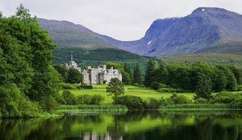 photo Inverlochy-Castle.jpg