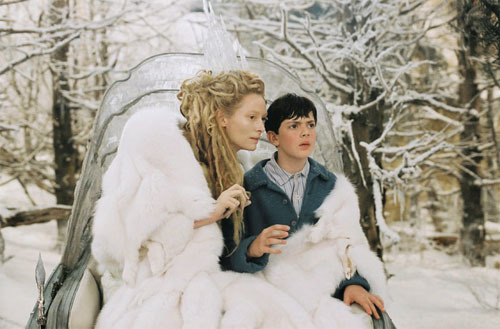 Edmund and the White Witch in her sleigh