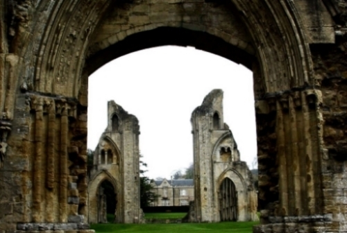 photo GlastonburyAbbey_zps053d7965.jpg