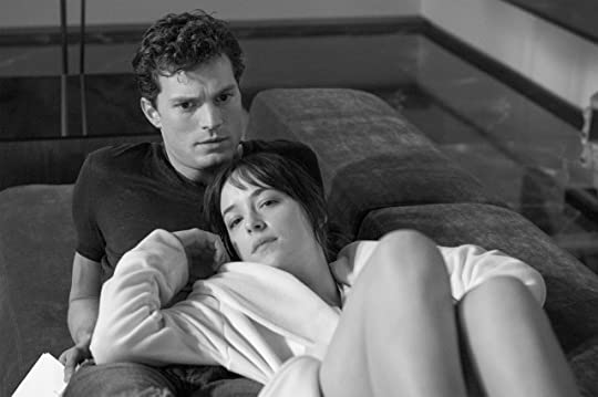 photo fifty-shades-of-grey-on-set-6-640x426_zpsmqlf7uak.jpg