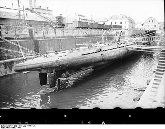 German U-boat U-37 at Lorient, France, 1940 (German Federal Archive: Bild 101II-MW-1032-11A)