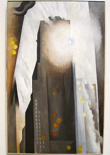 02a Chicago IL - The Art Institute (Georgia O'Keeffe, The Shelton with Sunspots N.Y. 1927)
