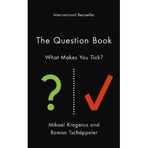 The Question Book - What Makes You Tick by Mikael Krogerus Roman Tsch 228 ppeler