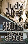 Skeleton in a Dead Space (Kelly O'Connell #1)