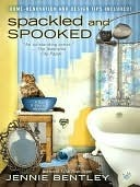 Spackled and Spooked (A Do-It-Yourself Mystery #2)