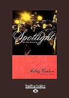 Spotlight: On the Runway (Large Print 16pt)