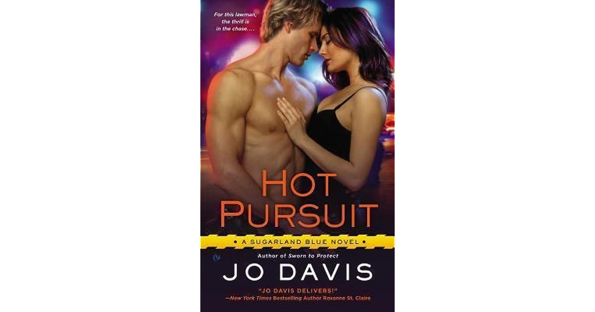 Hot Pursuit: Sugarland Blue Book 2