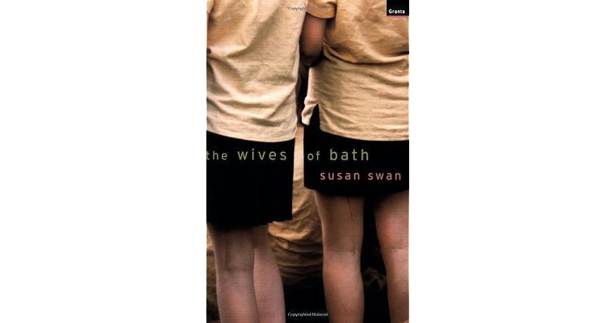 Unaware mature wife in bath