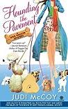 Hounding the Pavement (Dog Walker Mysteries, #1)
