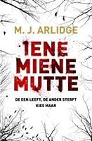 Iene Miene Mutte (Helen Grace, #1)
