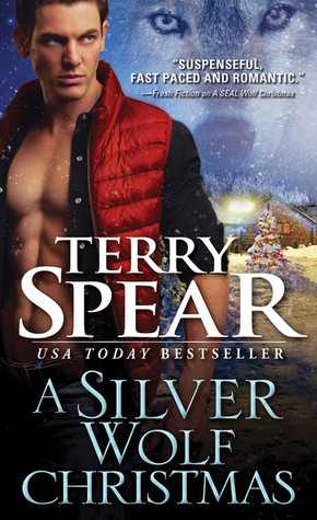A Silver Wolf Christmas (Heart of the Wolf, #17)