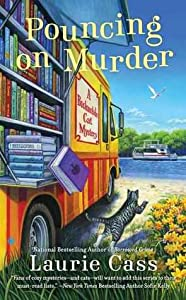 Pouncing on Murder (A Bookmobile Cat Mystery, #4)