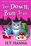 Two Down, Bun to Go (Oxford Tearoom Mysteries, #3)
