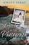 The Girl in the Photograph (The Rossetti Mysteries #3)