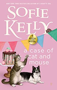 A Case of Cat and Mouse (Magical Cats Mystery #12)