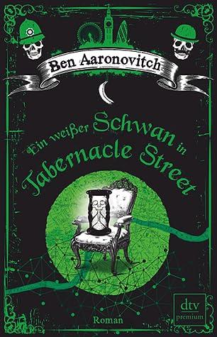 Ein weißer Schwan in Tabernacle Street by Ben Aaronovitch