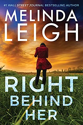 Right Behind Her (Bree Taggert, #4)