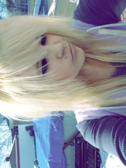 blonde scene hair
