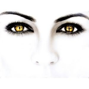Eyes of the twilight Pictures, Images and Photos