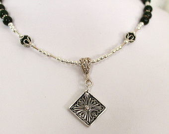 photo necklace1_zps84993aa6.jpg