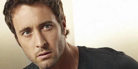 Naked edge i team 4 by pamela clare my gabe rossiter aka ranger easy on the eyes rock god is the delicious ruggedly sexy alex oloughlin although i realise that i need not have fandeluxe Choice Image