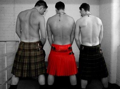 Scottish_man_skirt_0