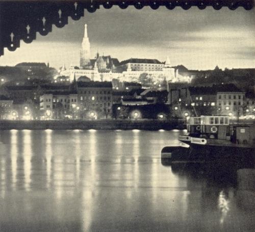 photo Budapest1930s_zps5290bcfe.jpg