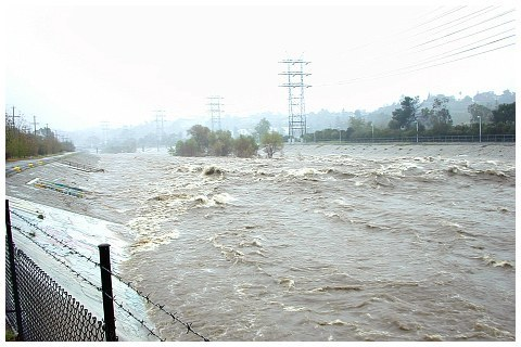 The LA River looks very dangerous photo la_river4_zps8ad5c90c.jpg