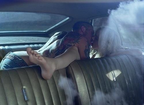 backseat-car-couple-kiss-kissing-sex-Favim.com-59153_large