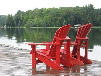 red chairs 002.jpg