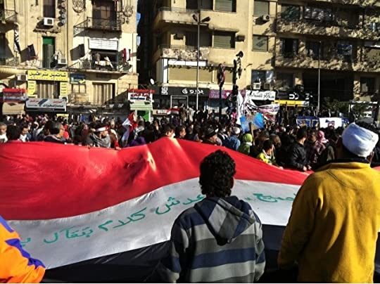 7b3c64a80 وكان احساسي بان ثمة ارواح تطوف حولي. تمنح المكان شعورا بخفة الروح . يقيني  ان الحرية سوف تتحقق تبدأ هنا وتنتشر في كل ربوع مصر رغم انف كل خونة الثورة