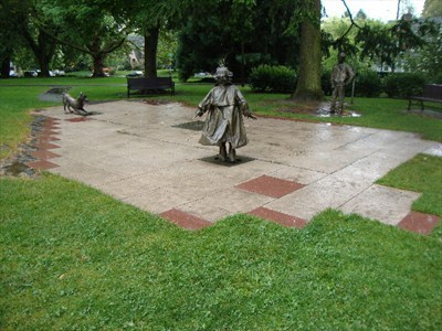 Betsy bird 39 s blog the complete listing of all public for Garden statues portland oregon