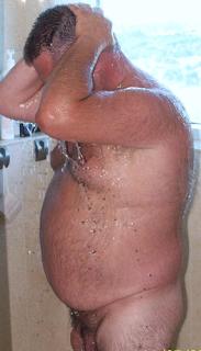 Lindo con sobrepeso maduro