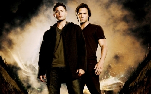 photo SamandDeanWinchester_zps3fb2f1d1.jpg