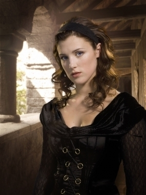 photo Lucy-Griffiths-as-Marian-maid-marian-17814266-300-400_zps25638d68.jpg