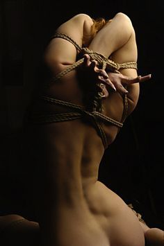 Sexual tying up