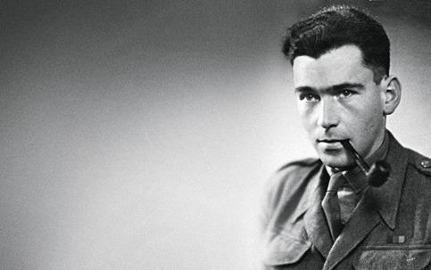 死後明らかになった、あるナチ・ハンターの物語。