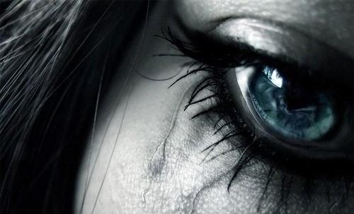 blue eye cry