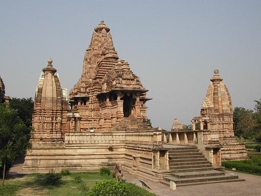 photo Khajuraho-Lakshmana_temple_zps4961c685.jpg