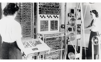 Bletchley Park Wrens with Collosus 1942